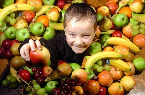 child-and-food